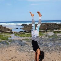 POP UP Learn to FLY Playshop! Beach Special – Handstands & Hanuman | Saturday 7th July 11.30-2.00pm