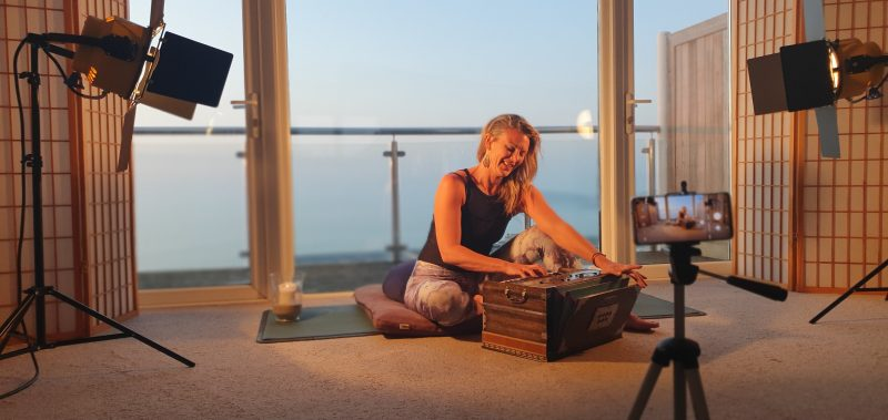 Oceanflow Yoga Mantra Meditation Course Chakra online yoga